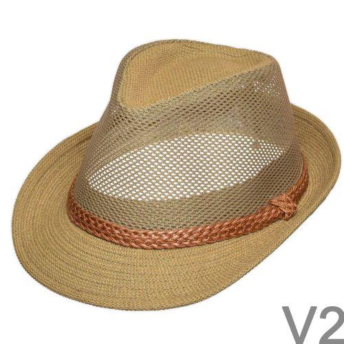 Elegáns, jó tartású nyári kalap.