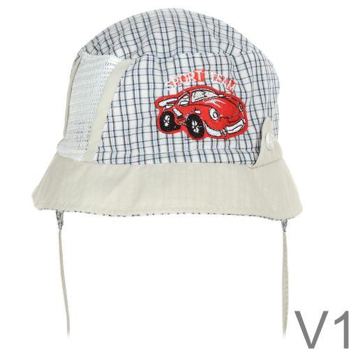 Áll alatti megkötővel és fülvédővel ellátott kockás nyári inganyagból készült kis kalap, oldalán hálós szellőző ablakkal.